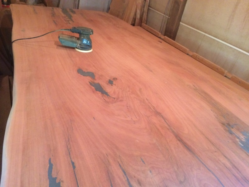 sanding dining table top